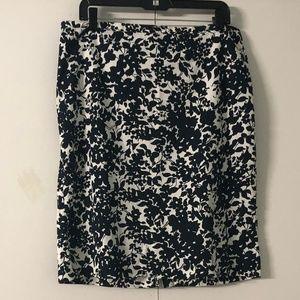Old Navy White/Black Stretch Pencil Skirt